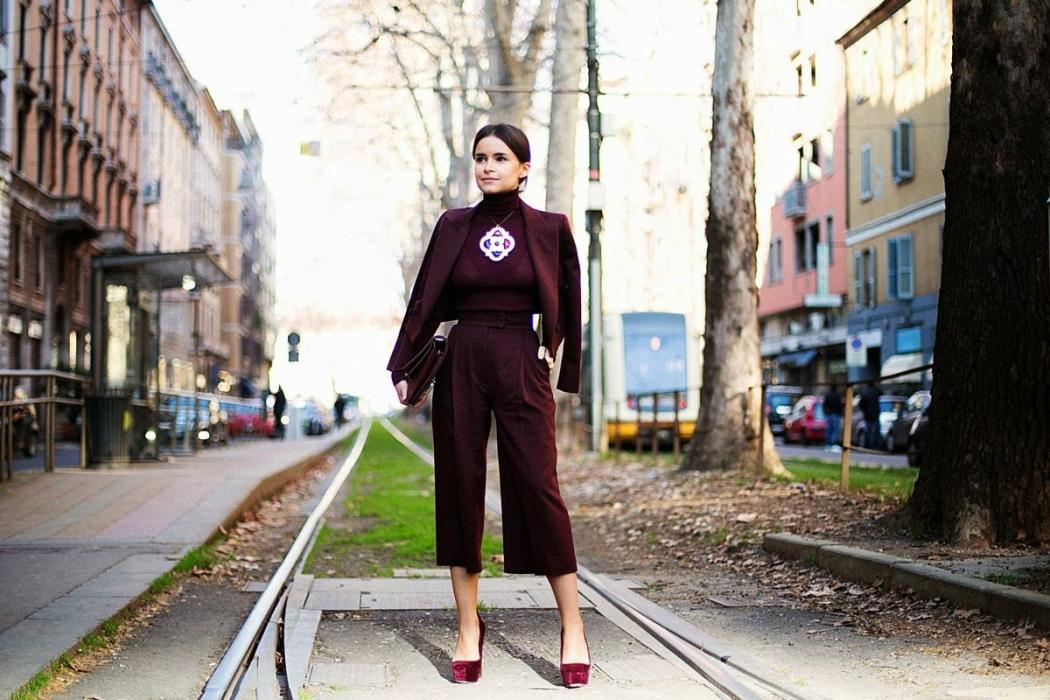 Miroslava-Duma-Street-Style-culottes-pants-trousers-burgundy-velvet-granate-terciopelo-fashion-moda-trends-tendencias-otoño 2014-fall 2014-front row blog