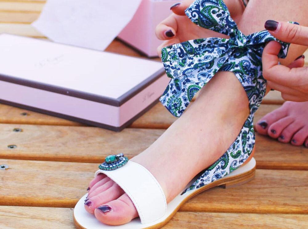 Sandali donna con nastri alla caviglia