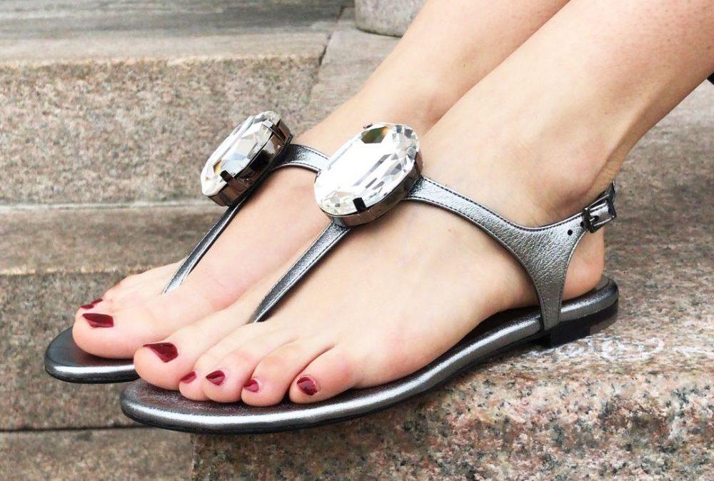 abbinamento smalto sandali